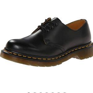 Dr Marten smooth black Oxford shoes 9.5